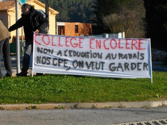 gréve à Barjols Lundi 21/03/2011