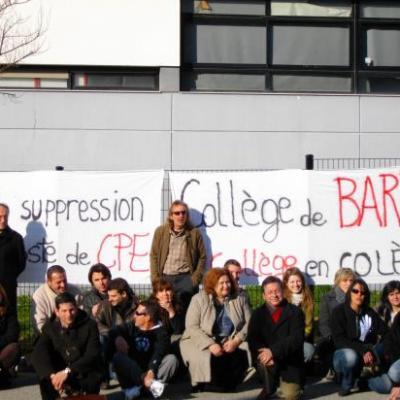 gréve au collége de Barjols 21/03/2011