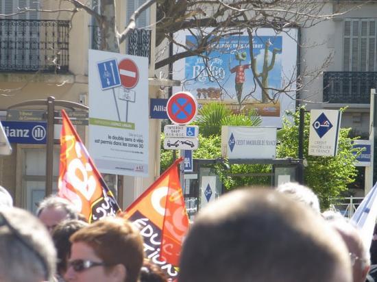 Mobilisation contre les suppressions de postes - 19 Mars